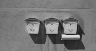 Briefkasten mit Zeitungsfach